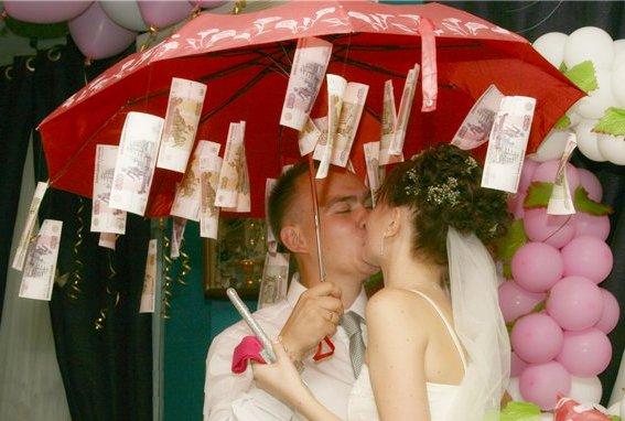 Подарок на свадьбу своими руками фото